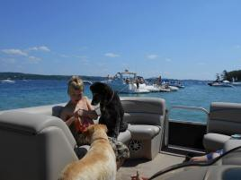 Traverse City MI Pontoon Boat Rentals