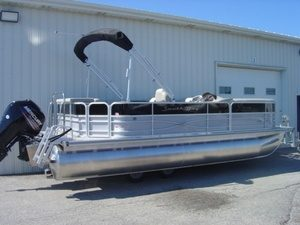 Pontoon Boat Rentals- Traverse City MI