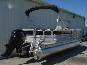 Pontoon Boats Rental - Traverse City MI
