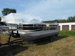 Pontoon Boats for Rent - Traverse City MI